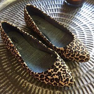 Dr scholls leopard ballet flats Sz 7 Good Cond